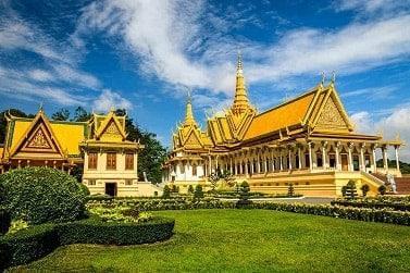 essential cambodia tours