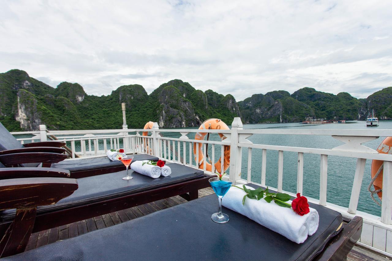 halong bay dragon cruise