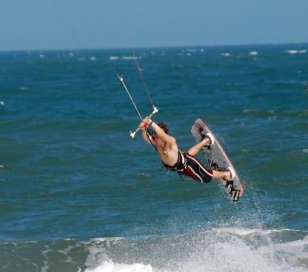mui ne beach kitesurfing