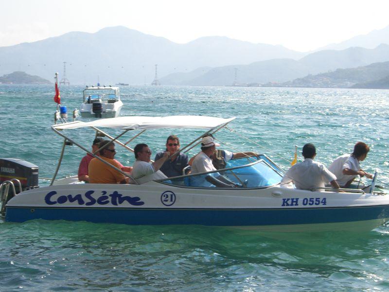 speed boat tour nha trang vietnam