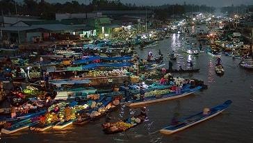 floating market social trang vietnam