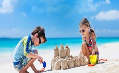 family vacation travel styles